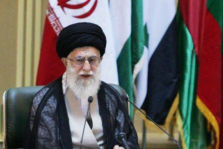 Photo of The Leader of Islamic Ummah and Oppressed People Imam Seyyed Ali Khamenei raps US's Israel red line