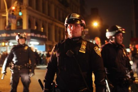 Photo of US police persist with OWS arrests