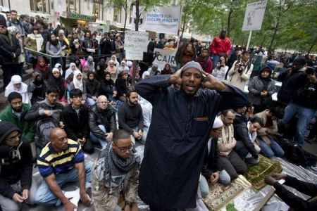 Photo of US Muslims support Occupy Wall Street