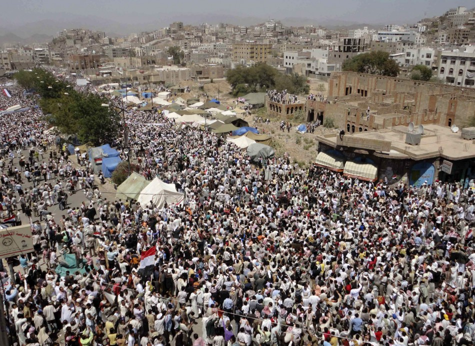 Photo of Revolutionary People in Yemen Urge UN to Put Saleh on Trial