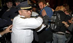 Photo of Video- 'NY police beat Wall Street protesters'