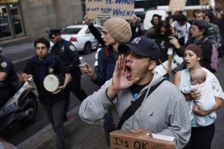 """Photo of Video- """"Occupy"""" protest movement takes over LA"""