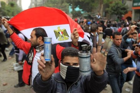 Photo of Cairo protests continue amid crackdown