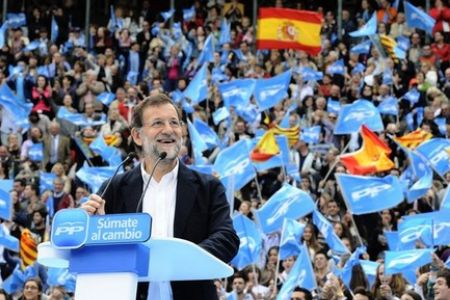 Photo of Spaniards protest government cuts