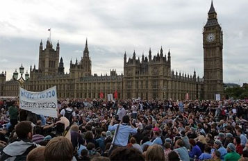 Photo of European Awakening in UK: London protest expresses solidarity with Occupy Wall Street