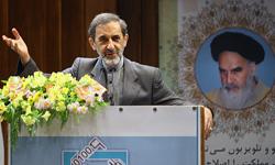 """Photo of Ali Akbar Velayati:""""Syria is the golden ring of the chain of resistance against israel,"""""""