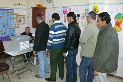 Photo of The Elections' Sub-Committee in Damascus Governorate Extends Voting Period till 12:00 Midnight