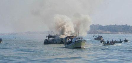 Photo of Video-zionist israeli navy attacks international observers, injures one