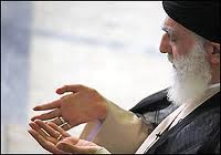Photo of Supreme Leader highlights importance of public presence, faith in nation's victories