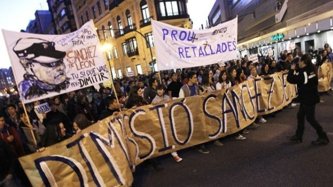 Photo of European Awakening: Spaniards protest police brutality, budget cuts