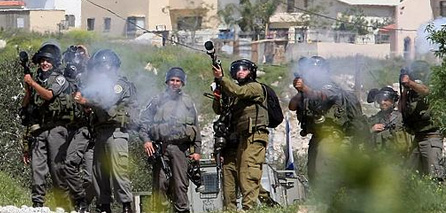 Photo of Zionist Settlers Attacked Palestinian Farmers & Killed one of them