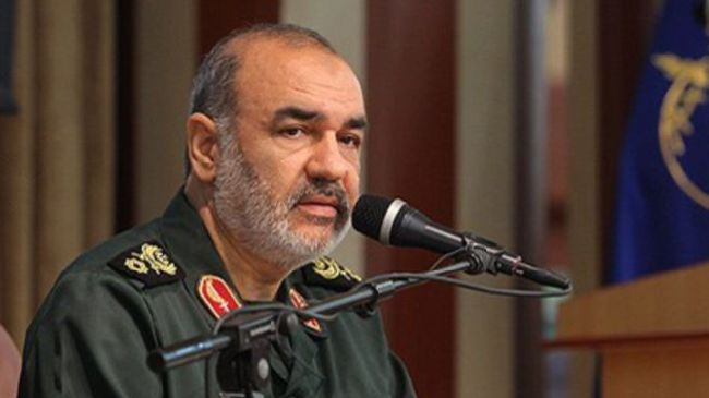 Photo of US losing bases in region as a consequence of Islamic Awakening in Muslim countries: Iran Cmdr.