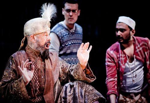 Photo of UK opera stirs anti-Islam profanity fear