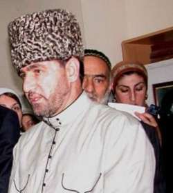 Photo of Imam Khomeini challenged West's colonial system: Chechen Mufti