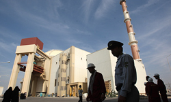Photo of Iran Likely to Build New N. Power Plants in Joint Venture with Other States