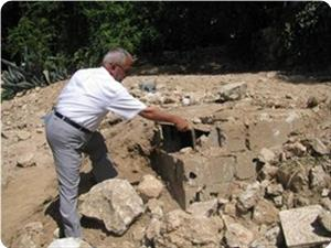 Photo of Destruction of Muslims' graves targets wiping out Islamic landmarks