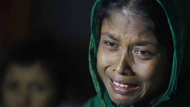 Photo of Myanmar's Rohingya Muslim community bleeds on