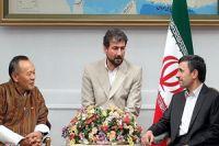 Photo of Ahmadinejad meets with Bhutanese Premier