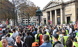 Photo of European Awakening: Iran Bans Spark Continued Protests by Peugeot Workers in French