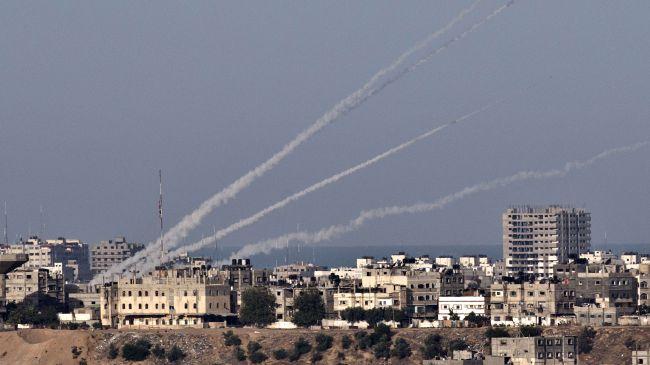 Photo of Qassam Brigades shoot down an Israeli UAV and hit military vessel