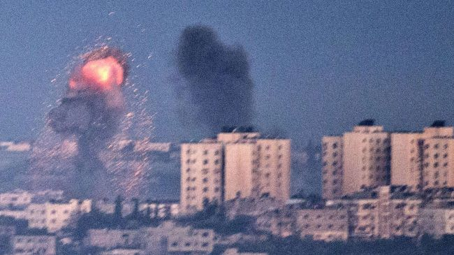 Photo of Hamas fires rockets towards Tel Aviv