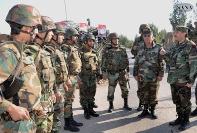 Defense Minister Inspects Military Formation