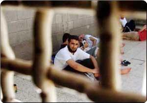 Photo of Ahrar: 120 Palestinian teachers in Israel's jails