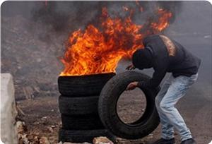 images_News_2012_12_27_tyre-burning_300_0