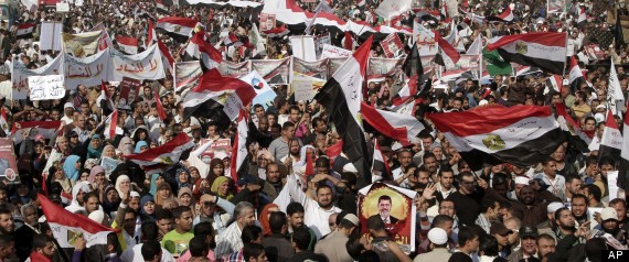 Photo of Morsi declares Dec. 15 vote on Egypt constitution as rallies millions in show of strength