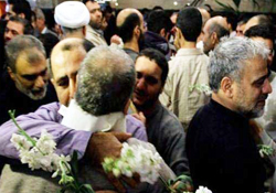 Photo of Iran Majlis speaker lauds Syria efforts to secure Iranian pilgrims release