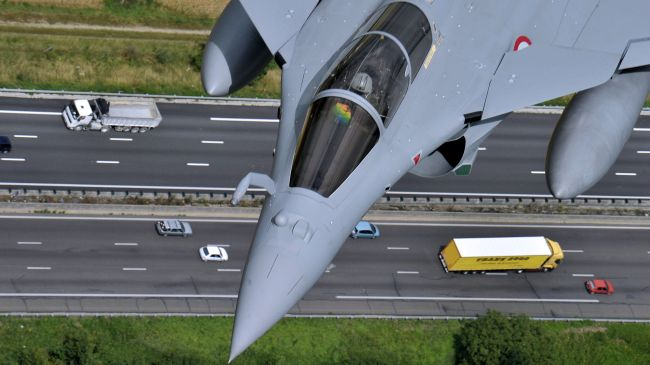 Photo of France seeking to sell Rafale jets to UAE during Hollande visit