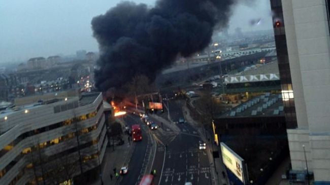 Photo of Copter collides with crane in central London; 2 dead, 9 injured