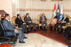 Photo of Jaafari meets with a delegation of leaders of the Iraqiya coalition