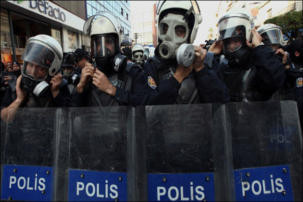 Turkish anti-Patriot protest ends in violence