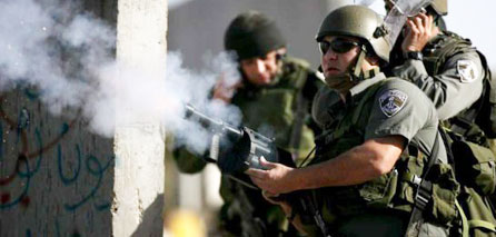 Photo of Zionist regime Uses Lethal Weapons on Unarmed Palestinian Protesters