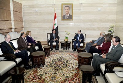 Photo of Syria PM Stresses Importance of Intellectuals in Exposing Conspiracy against Nation
