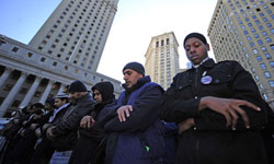 Photo of Civil Liberties Groups Orders NYPD to Stop Spying on Muslims