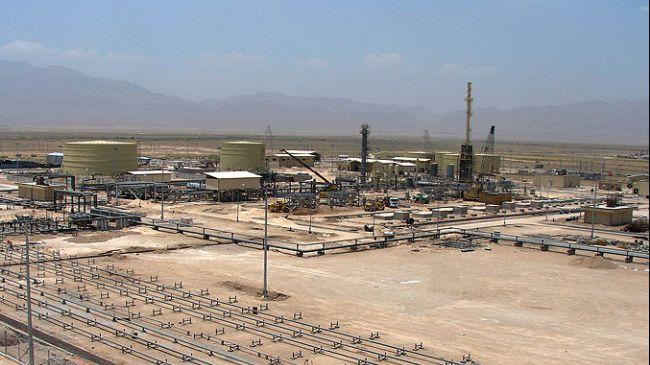 Ahmadinejad to inaugurate two onshore oilfields