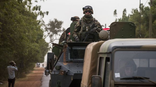 France vows to continue war in Mali amid intensified clashes with fighters