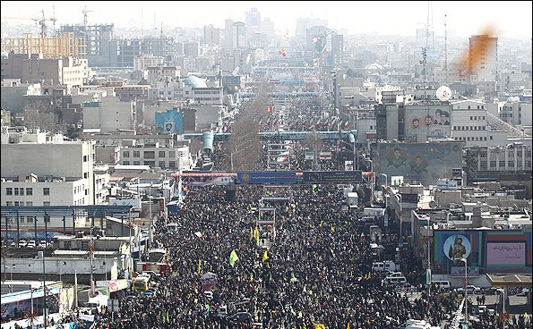 Photo of Iranian officials participate in Bahman 22nd public rallies