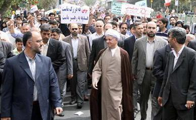 Photo of Rafsanjani takes part in 22 Bahman rally