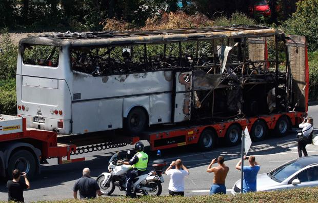 """Photo of Bulgarian Opposition Refuses Accusing Hizbullah of Bus Bombing: Rulers Follow """"Israel"""""""
