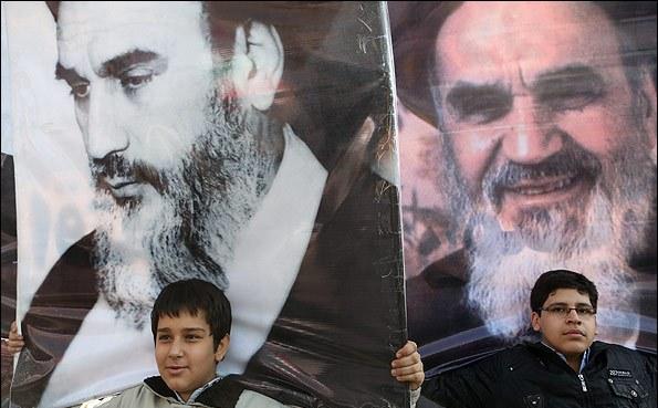 Photo of Video- Islamic Revolution of Imam Khomeini be happy to Ummah