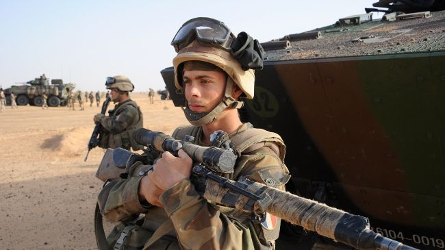 Photo of French-led forces, fighters battle in northern Mali