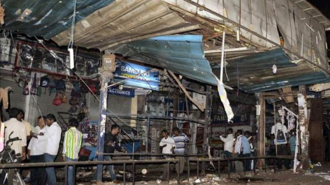 Photo of Pakistan condemns deadly bombings in India