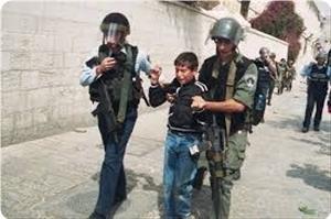 IOF soldiers detain 41 Palestinian children in March