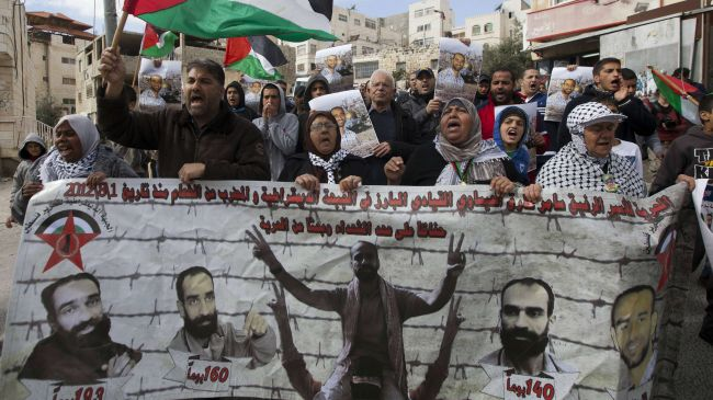 Photo of Letter by Palestinians held in Israeli jails delivered to UN commissioner