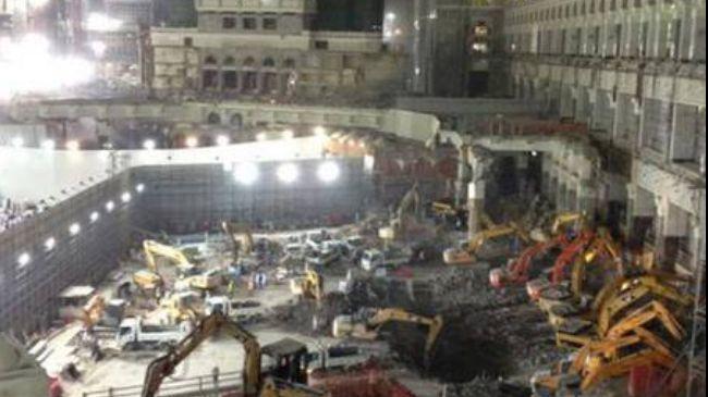 Photo of Israeli loyal slave Saudi regime demolishes Masjid al-Haram holy sites in Mecca