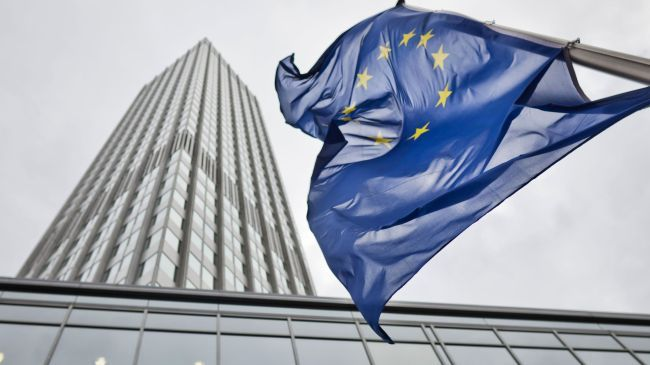 Photo of European Central Bank trims eurozone growth forecast for 2013