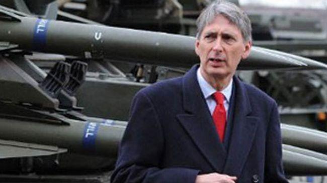Photo of UK War Sec: cut welfare not defense